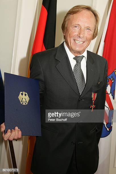 Claus Theo Gärtner, Bundesverdienstkreuz, Verleihung Bundesverdienstkreuz an C l a u s T h e o G ä r t n e r, Wiesbaden, Deutschland, , P.-Nr....