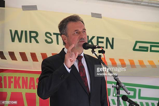 Claus Weselsky, head of the GDL train drivers labor union, addresses to union members who stage a strike on the third day of strike in Cologne,...
