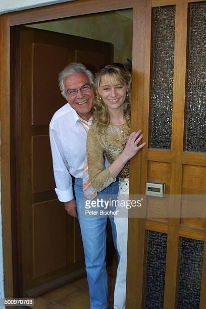 Claus Wilcke Ehefrau Janine Amann Homestory Rothenburg ob der Tauber Schauspieler Promi PNr 764/2004 HS Foto PBischoff/CD Veröffentlichung nur gegen...