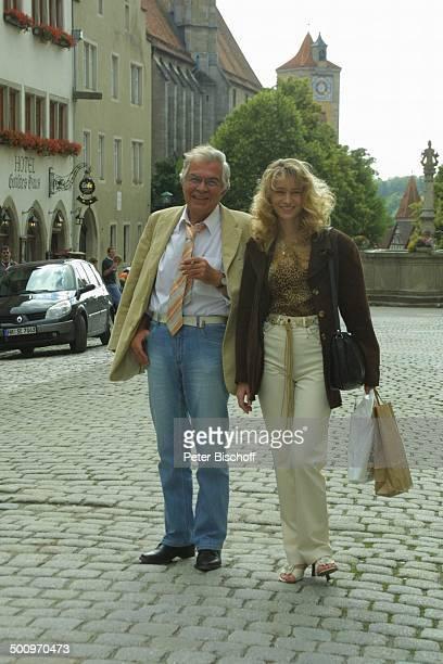 Claus Wilcke Ehefrau Janine Amann Rothenburg ob der Tauber Schauspieler Promi PNr 764/2004 HS Foto PBischoff/CD Veröffentlichung nur gegen Honorar...