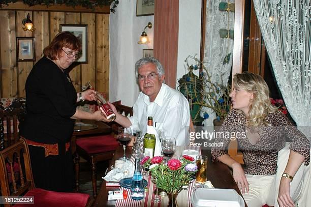 Claus Wilcke Ehefrau Janine Amann Wirtin italienisches Restaurant RestaurantBesuch Rothenburg ob der Tauber Deutschland
