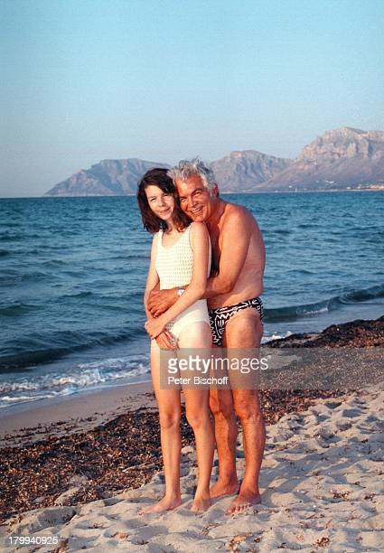 Claus Wilcke, Tochter Jessica,;Mallorca/Spanien, Urlaub, Meer, baden,;Badeanzug, Strand, Badehose,