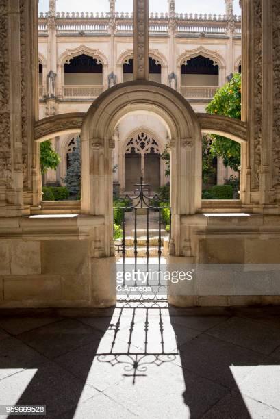 claustro de san juan de los reyes - cloister stock pictures, royalty-free photos & images
