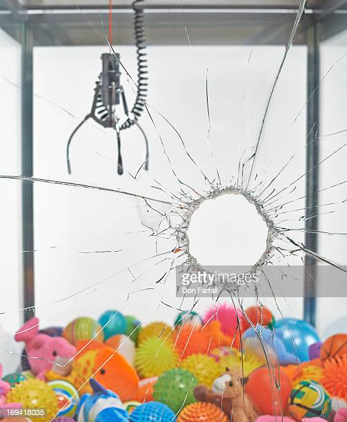 Claw Machine, broken glass