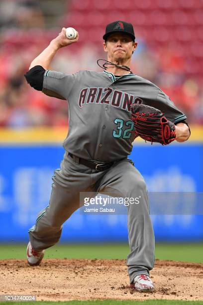Clay Buchholz of the Arizona Diamondbacks pitches in the second inning against the Cincinnati Reds at Great American Ball Park on August 10 2018 in...