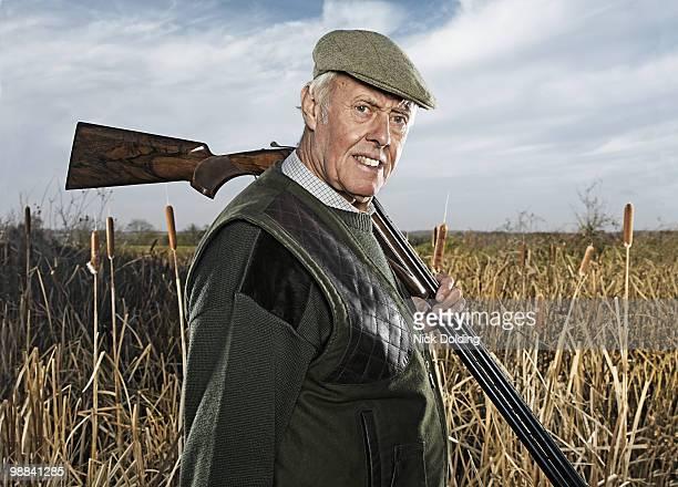 clay shooter - jagd stock-fotos und bilder