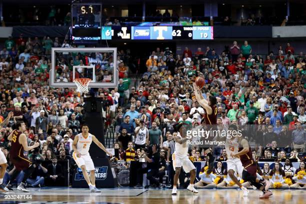 Clayton Custer of the Loyola Ramblers attempts a shot in the second half against the Tennessee Volunteers during the second round of the 2018 NCAA...