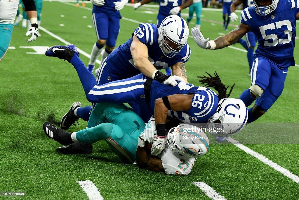 Miami Dolphins v Indianapolis Colts : News Photo
