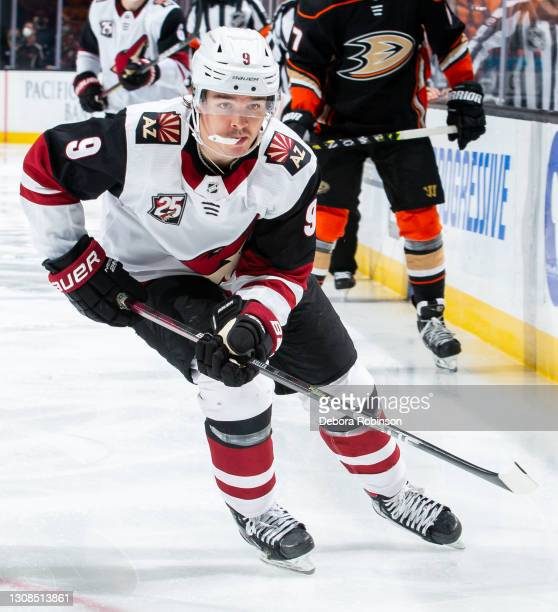 Clayton Keller of the Arizona Coyotes skates against the Anaheim Ducks during the third period of the game at Honda Center on March 20, 2021 in...