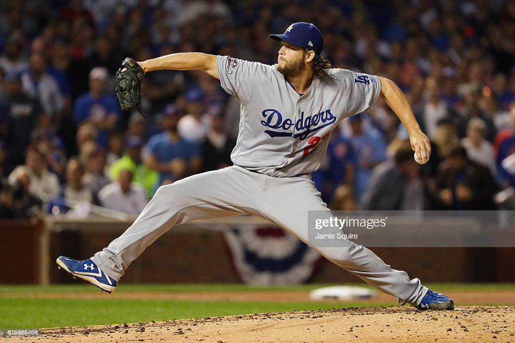 NLCS - Los Angeles Dodgers v Chicago Cubs - Game Two : News Photo