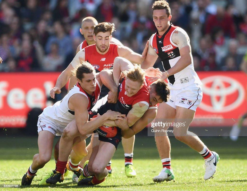 AFL Rd 21 - Melbourne v St Kilda : News Photo