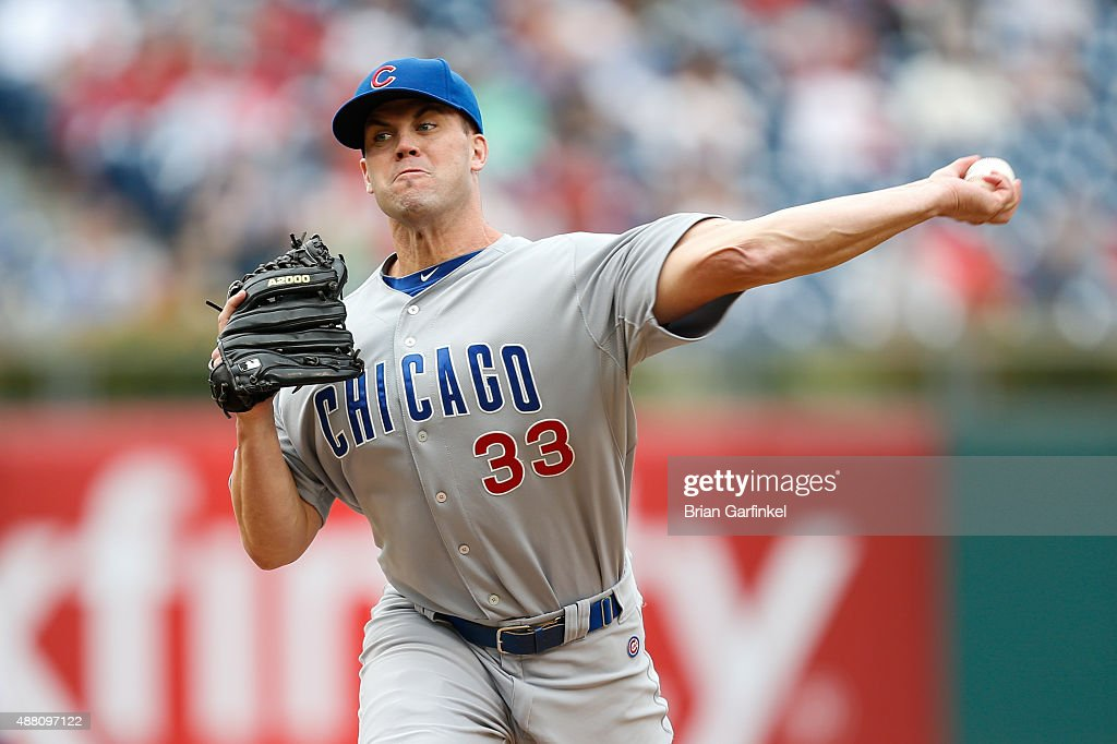 Clayton Richard #33 of the Chicago Cubs throws a pitch in the fourth inning of the game against the Philadelphia Phillies at Citizens Bank Park on September 13, 2015 in Philadelphia, Pennsylvania. The Phillies won 7-4.