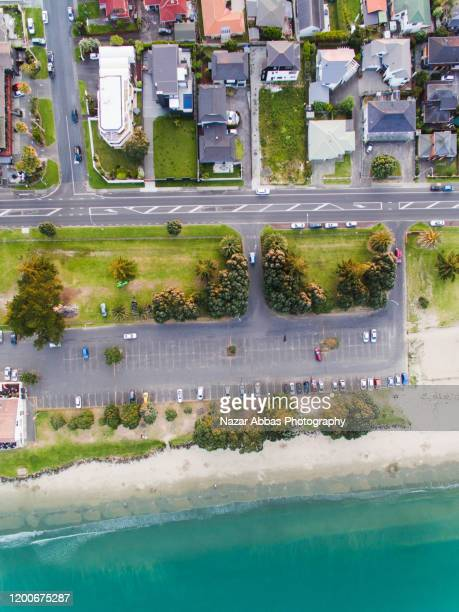 clean green housing. - whangarei heads stock pictures, royalty-free photos & images