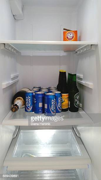 Clean refrigerator with only beer and baking soda
