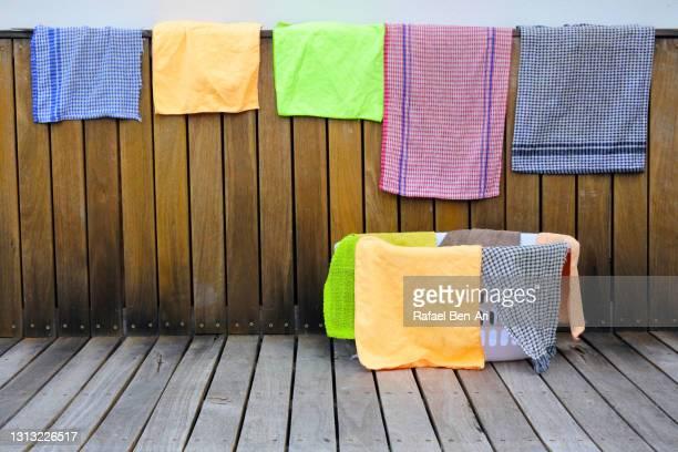 clean washed kitchen tea towels - rafael ben ari - fotografias e filmes do acervo