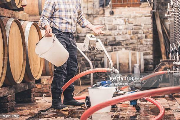 Nettoyage de demi-lunes et cave à vin