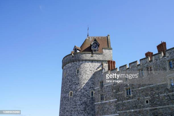 clear sky over castle, england, uk - image stock pictures, royalty-free photos & images