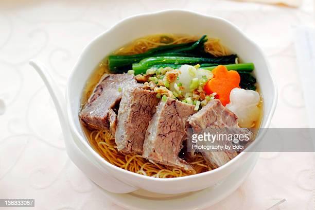 Clear soup beef brisket noodles