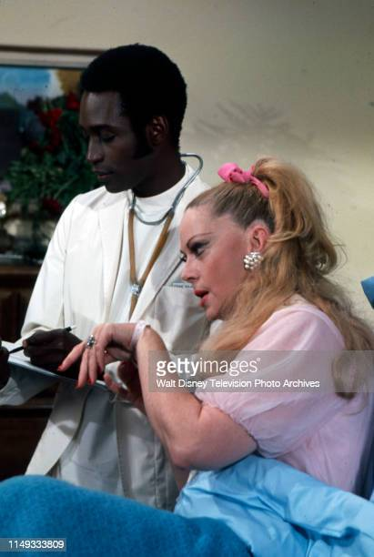 Cleavon Little Jayne Meadows appearing on the ABC tv series 'The New Temperatures Rising Show' episode 'Good Luck Leftkowitz'