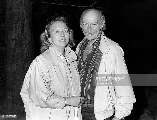 Cleef Lee van *Schauspieler USA mit seiner Ehefrau Barbara in Berlin 1984