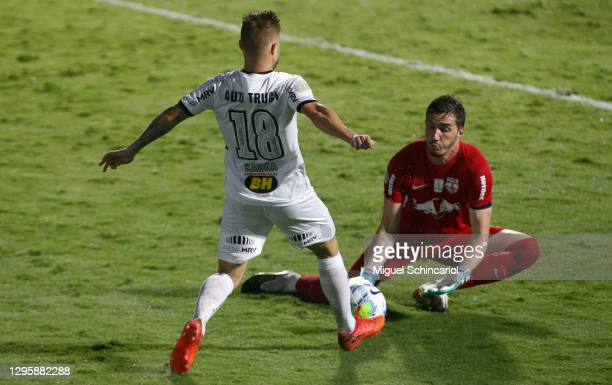 Cleiton goalkeeper of Red Bull Bragantino fight for the ball with Eduardo Sasha of Atletico Mineiro during a match between Red Bull Bragantino and...