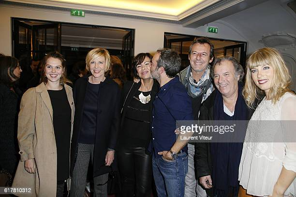 Clemence Ansault and her mother Chantal Ladesou Mathilda May Bruno Solo JeanLuc Reichmann Daniel Russo and Melanie Page attend 'L'Heureux Elu'...