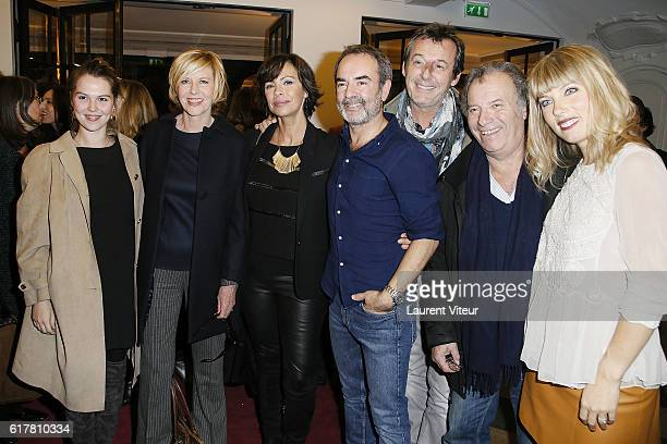 """Clemence Ansault and her mother Chantal Ladesou, Mathilda May, Bruno Solo, Jean-Luc Reichmann, Daniel Russo and Melanie Page attend """"L'Heureux Elu""""..."""