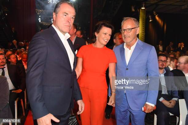 Clemens Toennies, his wife Margit Toennies and Reinhold Beckmann attend the Sport Bild Award on August 21, 2017 in Hamburg, Germany.