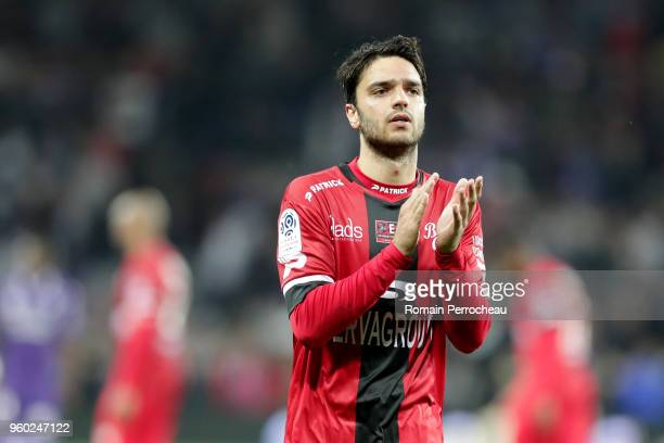 Clement Grenier of Guingamp waves fans after the Ligue 1 match between Toulouse and EA Guingamp at Stadium Municipal on May 19 2018 in Toulouse