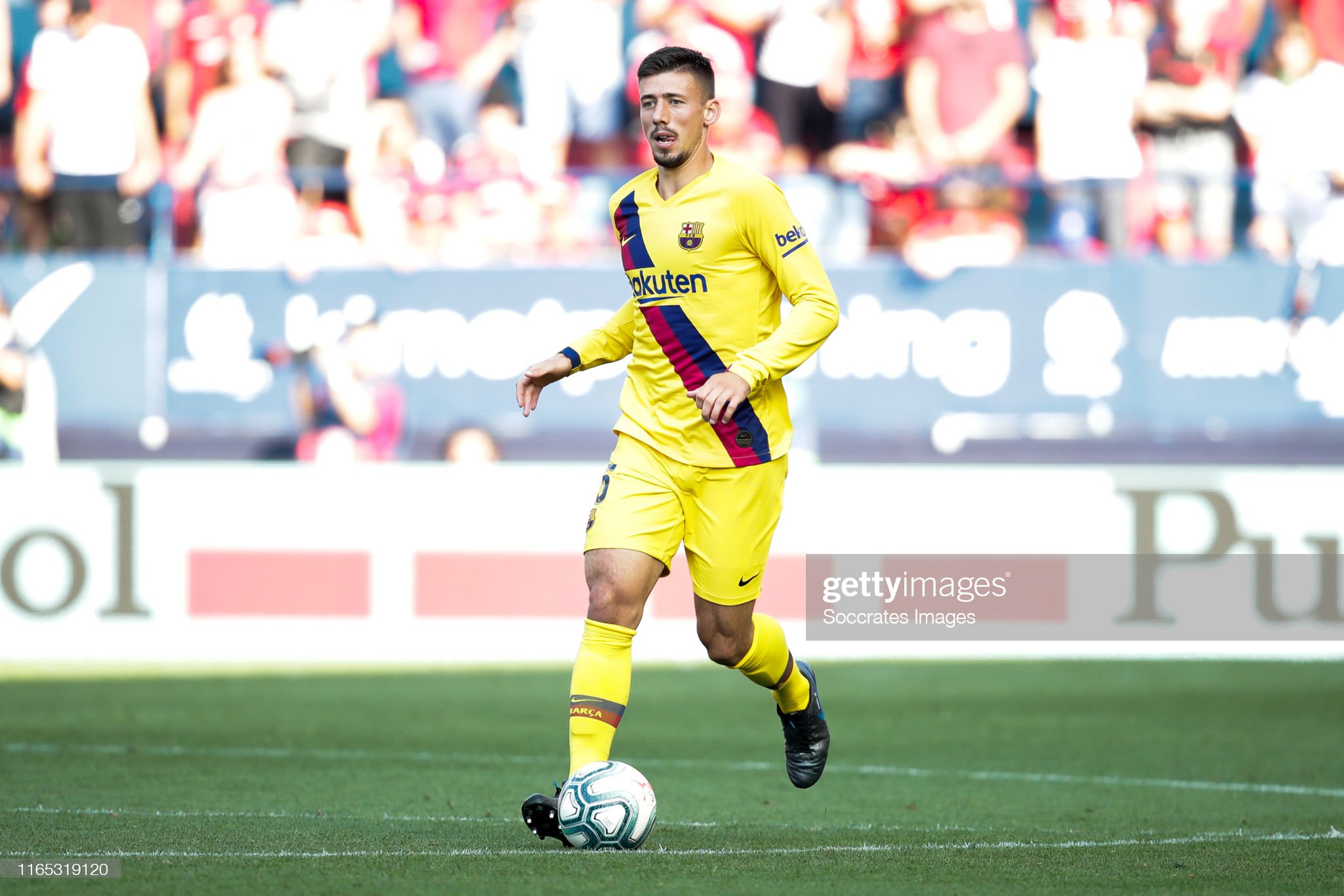 صور مباراة : أوساسونا - برشلونة 2-2 ( 31-08-2019 )  Clement-lenglet-of-fc-barcelona-during-the-la-liga-santander-match-picture-id1165319120?s=2048x2048