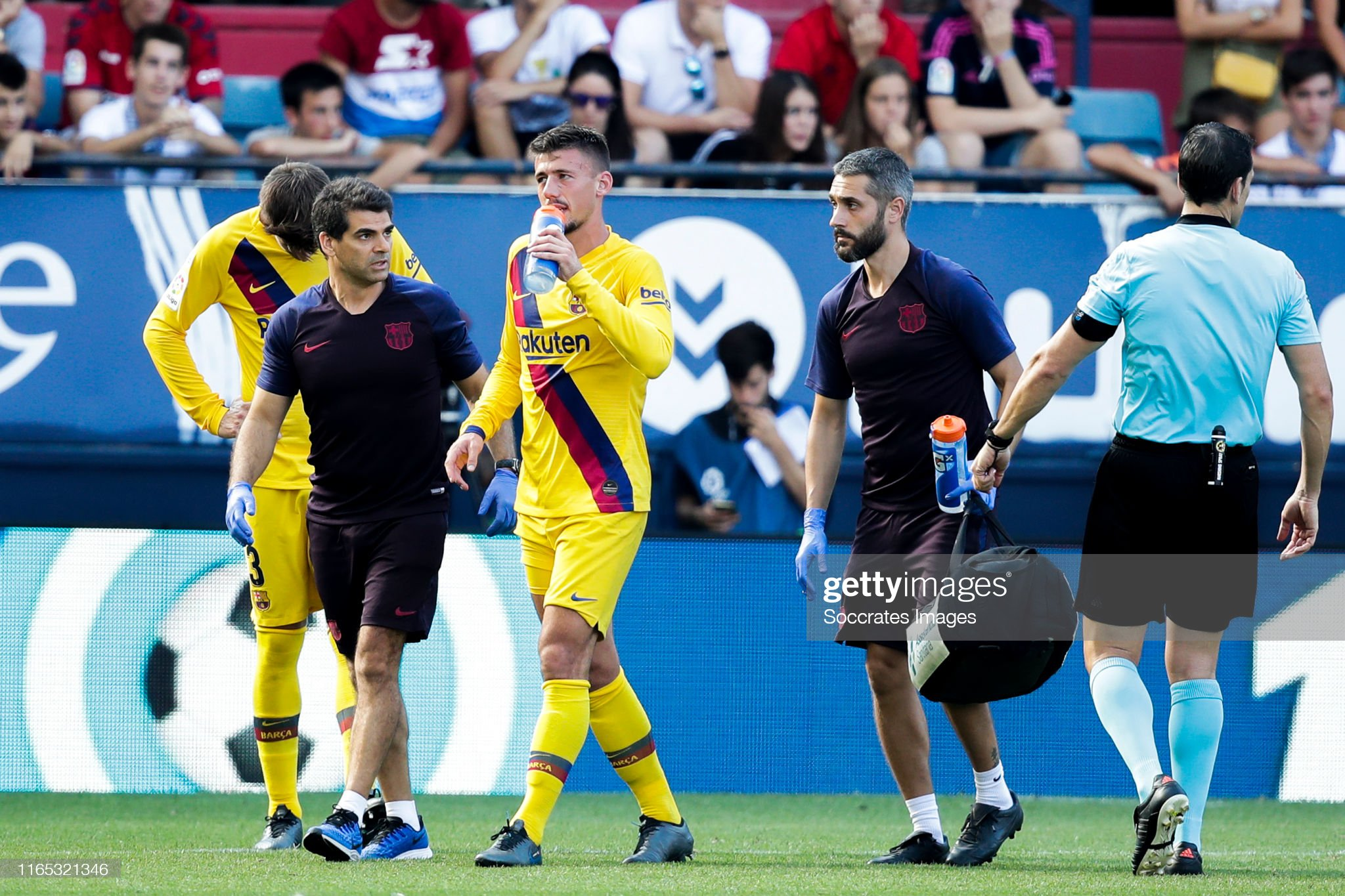 صور مباراة : أوساسونا - برشلونة 2-2 ( 31-08-2019 )  Clement-lenglet-of-fc-barcelona-during-the-la-liga-santander-match-picture-id1165321346?s=2048x2048