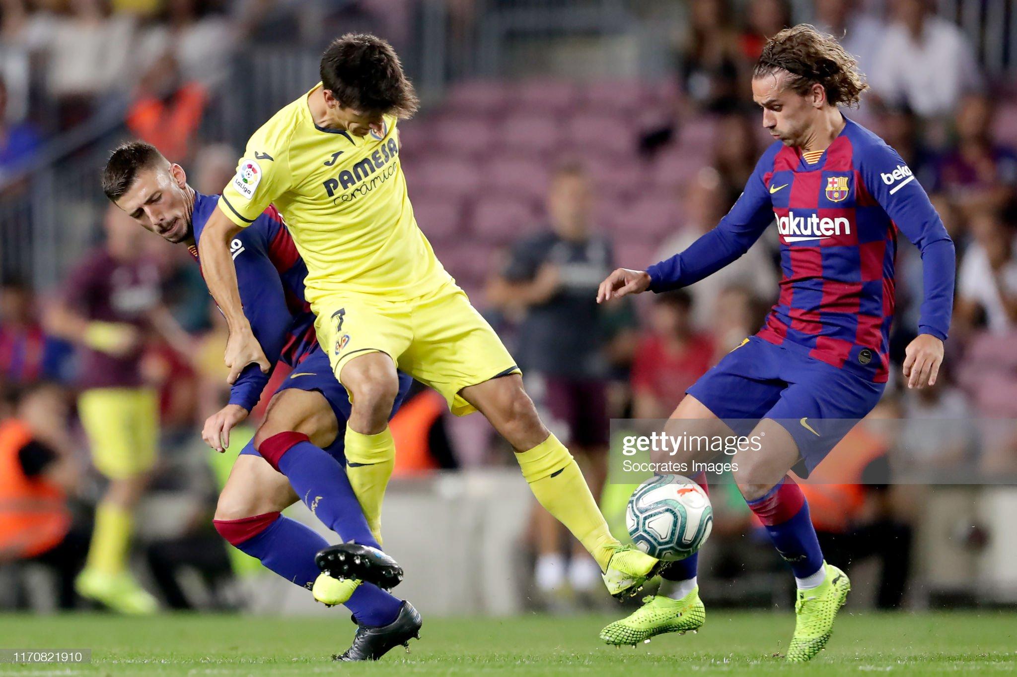 صور مباراة : برشلونة - فياريال 2-1 ( 24-09-2019 )  Clement-lenglet-of-fc-barcelona-gerard-moreno-of-villarreal-antoine-picture-id1170821910?s=2048x2048