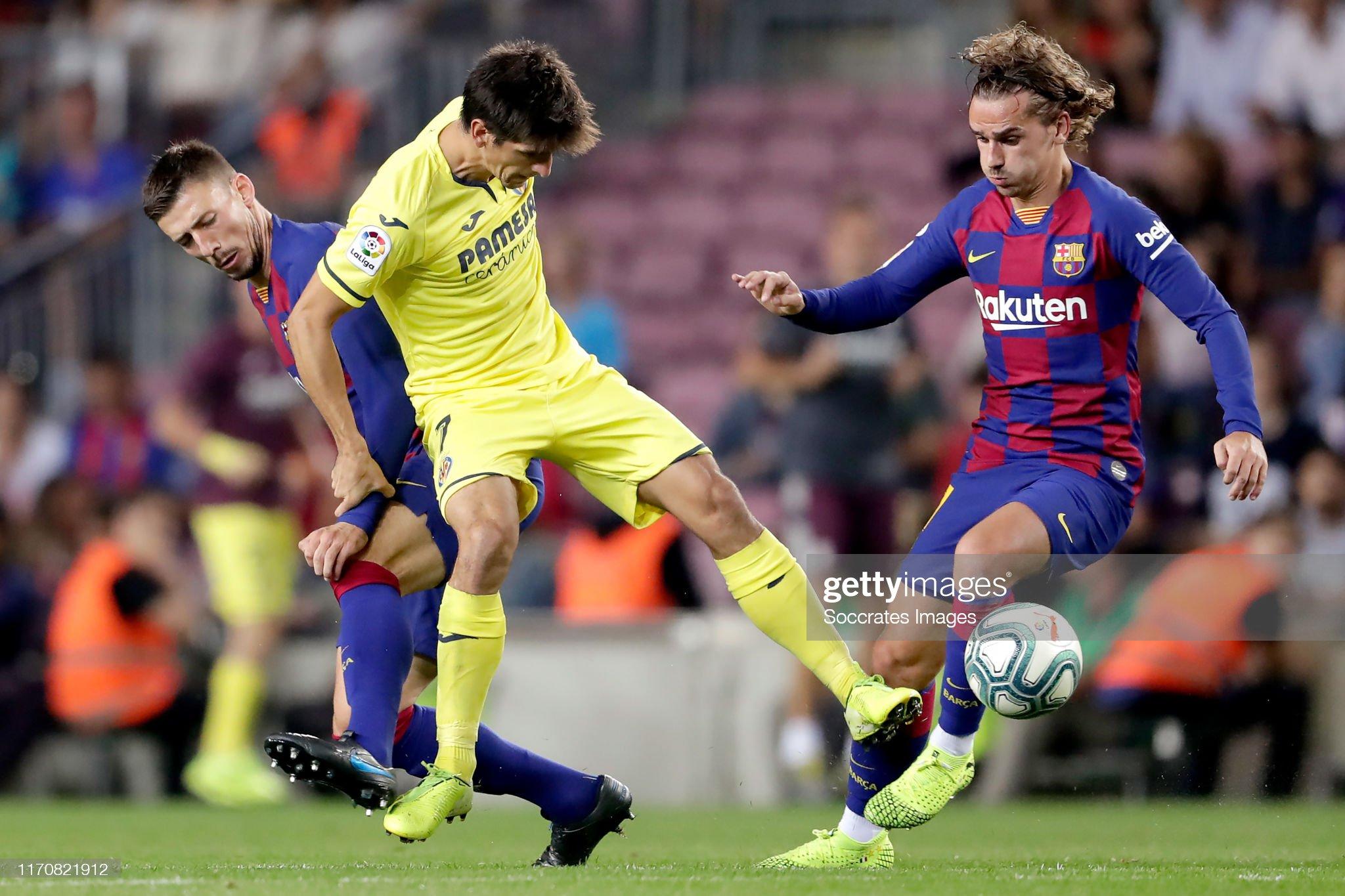 صور مباراة : برشلونة - فياريال 2-1 ( 24-09-2019 )  Clement-lenglet-of-fc-barcelona-gerard-moreno-of-villarreal-antoine-picture-id1170821912?s=2048x2048