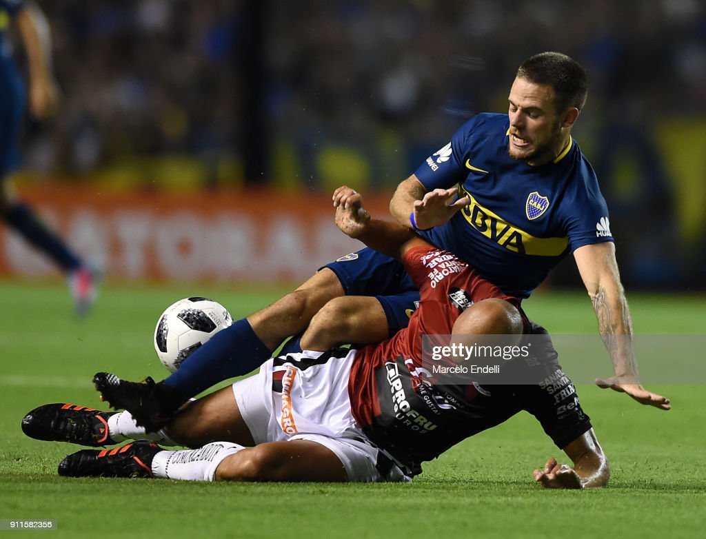 Boca Juniors v Colon - Superliga 2017/18