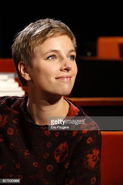 Clementine Autin on the set of TV show 'Au Field de la Nuit'