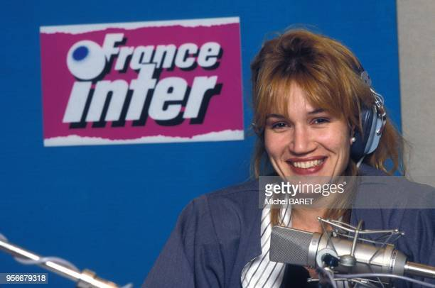 Clementine Celarie animatrice de l'emission de radio 'Certains l'aiment jazz' sur France Inter en novembre 1985 en France