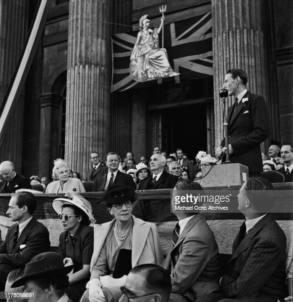 Clementine Churchill , the wife of Winston Churchill, attends the Blenheim Palace Fete, UK, 4th August 1947.