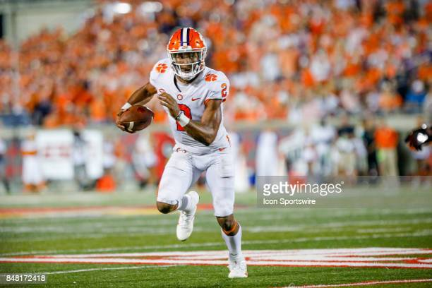 Clemson Tigers quarterback Kelly Bryant runs the ball down field during the college football game between the Louisville Cardinals and the Clemson...