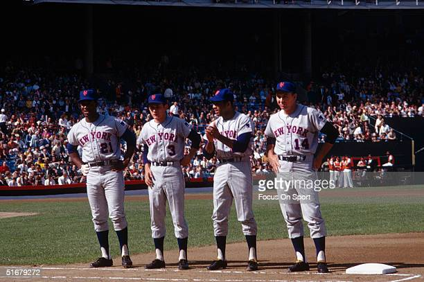 Cleon Jones Bud Harrelson Tommy Agee and manager Gil Hodges of the New York Mets during the introductions before the World Series at Memorial Stadium...