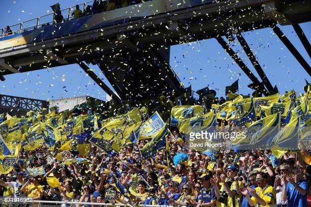 Clermont Auvergne fans celebrate during the European Rugby Champions Cup semi final match between ASM Clermont Auvergne and Leinster at Matmut...