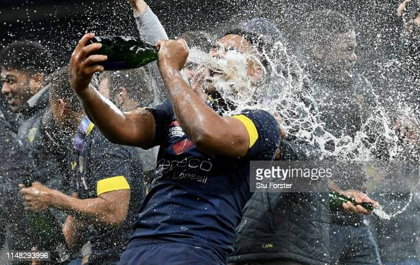 Clermont player Fritz Lee celebrates with champagne after the Challenge Cup Final match between La Rochelle and ASM Clermont at St. James Park on May...
