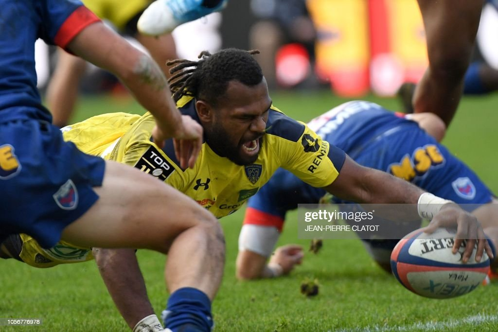 RUGBYU-FRA-TOP14-GRENOBLE-CLERMONT : News Photo