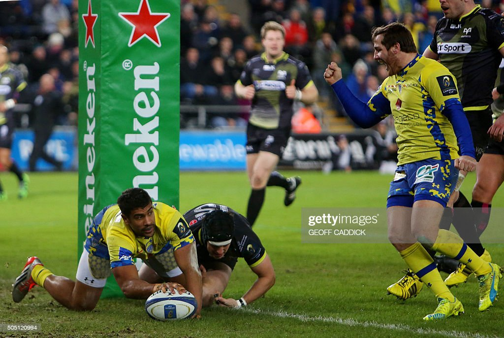 RUGBYU-EUR-CUP-OSPREYS-CLERMONT : News Photo