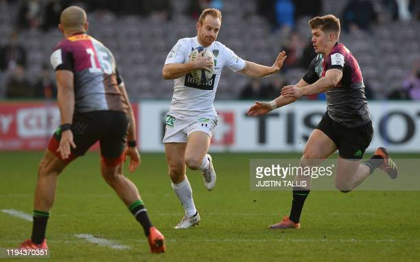 Clermont's French wing Damian Penaud runs with the ball during the European Rugby Champions Cup first round pool 3 rugby union match between...