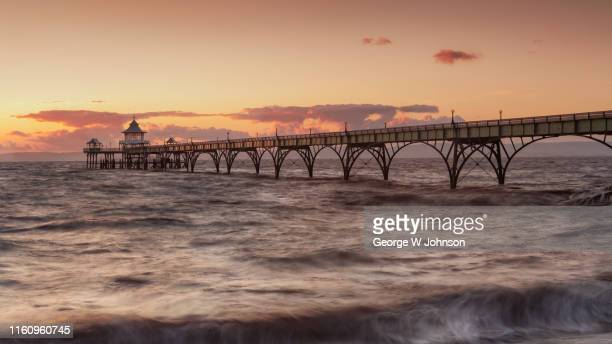 clevedon ii - clevedon pier stock pictures, royalty-free photos & images