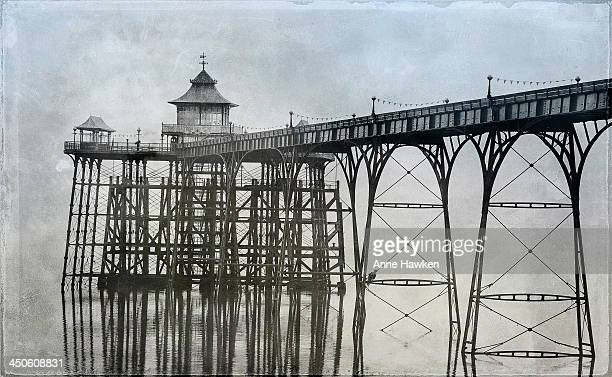 clevedon pier - clevedon pier stock pictures, royalty-free photos & images