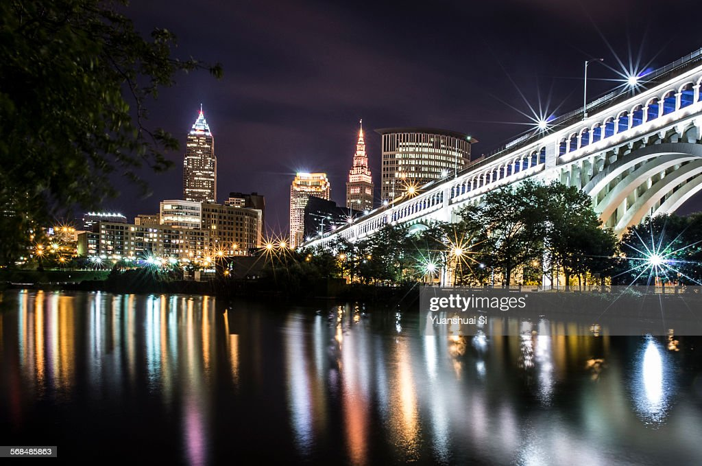 Cleveland at night : Foto stock