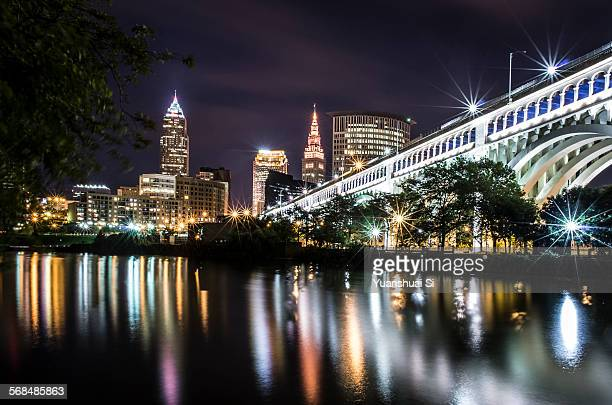 cleveland at night - cleveland ohio stock pictures, royalty-free photos & images