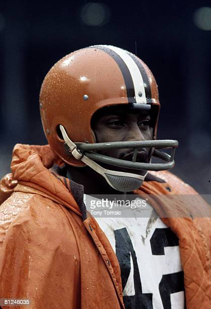 Cleveland Browns Hall of Fame wide receiver Paul Warfield circa the mid1970s