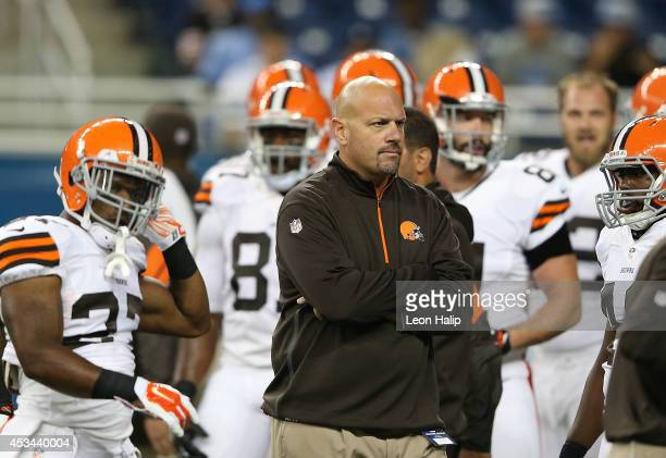 Cleveland Browns head football coach Mike Pettine watches the warms ups prior to the start of the preseason game against the Detroit Lions at Ford...